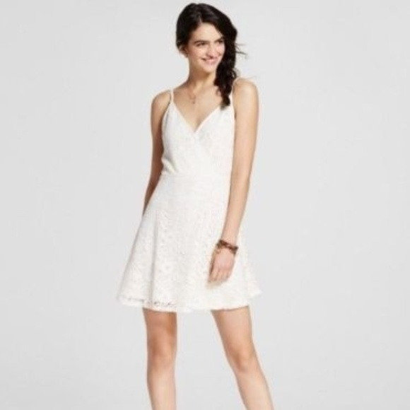 Mossimo Supply Co. Dresses & Skirts - Women's Ivory Floral Lace Fit and Flare Dress
